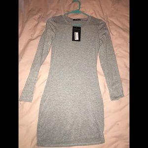 Dresses & Skirts - NWT Bodycon Dress sz M